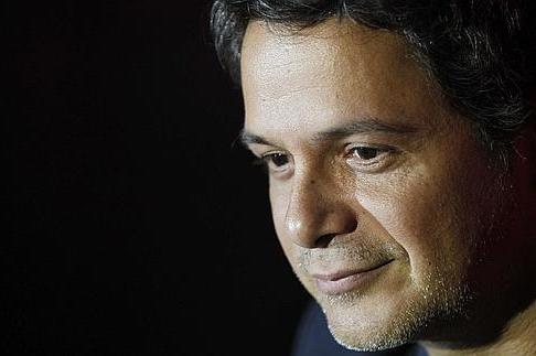 Sirope, lo nuevo de Alejandro Sanz en Mayo