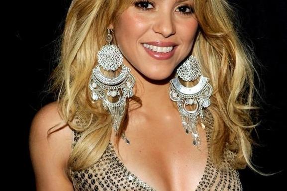 "Shakira ha plagiado su tema ""Loca"""