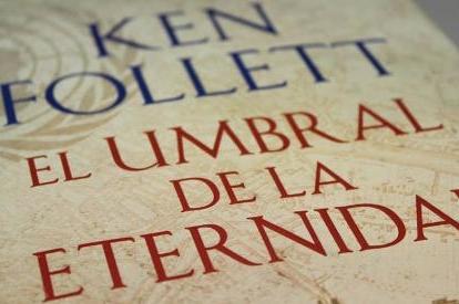 Ken Follet presenta su último libro 'El umbral de la eternidad'