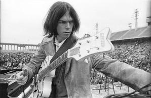 Estreno en exclusiva de 'Live at the Cellar Door' de Neil Young