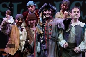 """El musical """"La Isla del Tesoro"""" llena Madrid de piratas, mapas del tesoro, un barco abandonado y un sin fin de aventuras !"""
