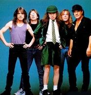 AC/DC está de cumpleaños