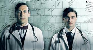 """Radcliffe (Harry Potter) y  Hamm (Mad Men) juntos en la serie """" A Young Doctor's Notebook"""""""