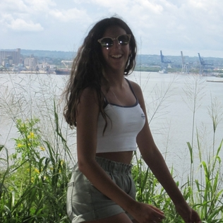 Anita_model19