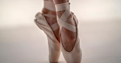 Se buscan profesionales de danza clásica de más de 45 años para película en Madrid