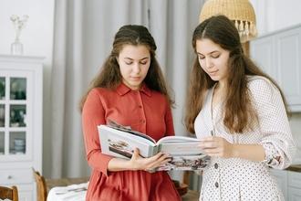 Se necesitan gemelos o gemelas de 16 a 26 años para film en Madrid