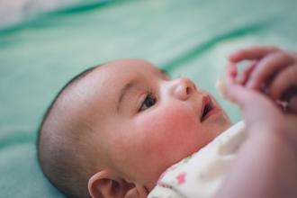 Se buscan niña de 4 años y bebé de 4 meses para figuración en Madrid