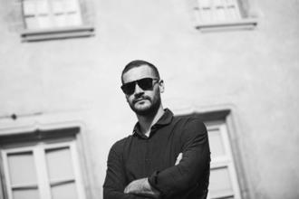 Se busca actor de 35 a 40 años para cortometraje remunerado en Alicante