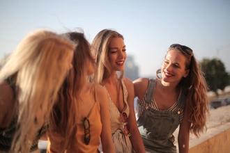 Se requieren chicas de 16 a 18 para publicidad en Barcelona