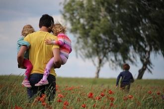 Se solicitan niñas de 1 a 3 años gemelaspara largometraje en Euskadi