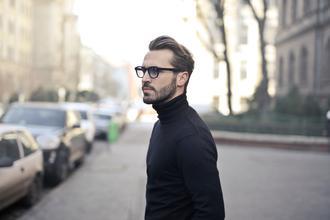 Se solicita modelo masculino para publicidad en Barcelona