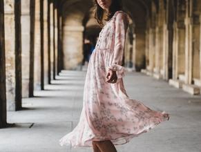 Se busca modelo femenina de entre 20 y 35 años para catálogo de moda