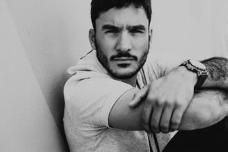 Se precisa actor de 20 a 30 añosde complexión delgada para spot publicitario en Madrid