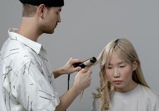 Se convocan modelos a partir de 18 años para proyecto de peluquería y shooting en Valencia