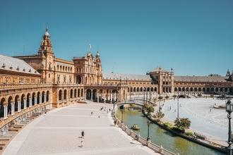 Se solicitan diferentes perfiles para vídeo corporativo en Sevilla
