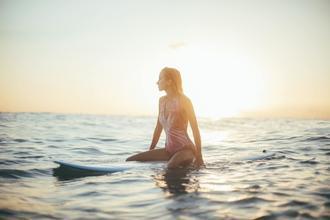 Se solicita chica de 16 a 25 años que sepa surfear para proyecto en Asturias