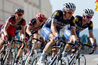 Se solicitan hombres ciclistas de 40 a 65 años para publicidad