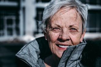 Se necesita actriz de 70 a 75 años para spot en Madrid