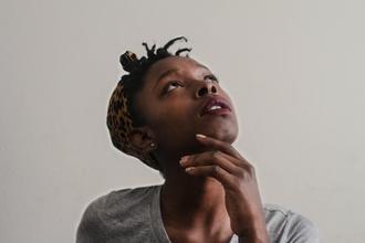 Se precisan mujeres y hombres negros mayores de 25 años para figuración en Barcelona