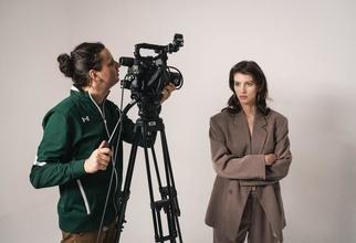 Se convocan actores y modelos(hombres y mujeres) de 20 a 60 años para sesión fotográfica publicitaria en Barcelona