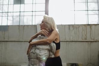 Se requieren mujeres caucásicas de 55 a 65 añospara proyecto remunerado en Barcelona