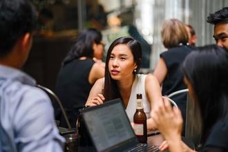 Se requieren mujeres y hombres asiáticos para proyecto de TV en Barcelona
