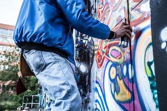 Se buscan chicos grafiteros de 16 a 20 años para proyecto remunerado en Madrid y Barcelona