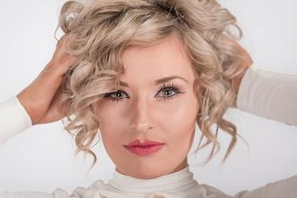Se solicita actriz angloparlante de 35 a 45 años para vídeo corporativo