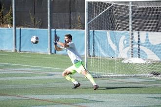Se selecciona portero de fútbol real de 16 a 18 años para rodaje en Madrid