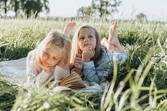 Se convocan hermanas de 9 a 12 años para spot en Madrid