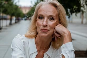 Se requiere actriz de 55 a 65 añospara proyecto teatral en Madrid