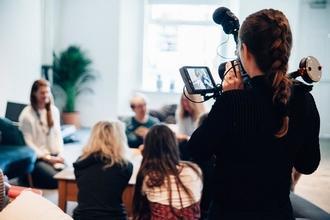 Se solicitan actores y actrices a partir de 18 años para vídeo corporativo en Madrid
