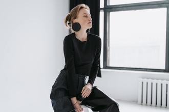 Se seleccionan azafatas o modelos a partir de 18 años para evento en Madrid