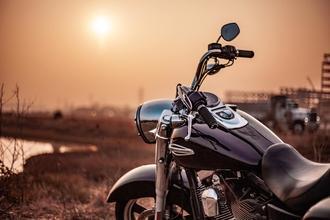 Se buscan hombres con moto para rodaje en Barcelona