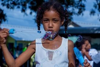 Se buscan niños/as con look afro de 6 a 10 años para proyecto en Barcelona
