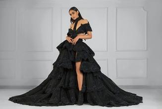 Se necesita modelo femenina de 18 a 25 añospara shooting en Madrid