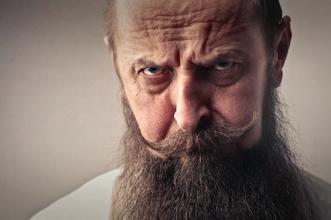 Se solicitan hombres calvos con cabello en los laterales para proyecto en Madrid