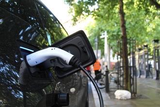Se requieren coches híbridos o eléctricos para rodaje en Madrid