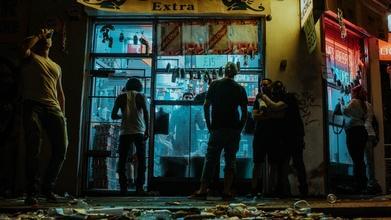 Se requieren 15 hombres entre 30 y 70 años con perfil de barrio para videclip en Madrid