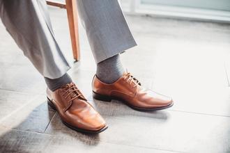 Se solicitan modelos hombres con talla de zapato 42 para shooting