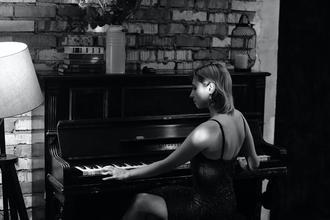 Se necesitan pianistas  y o cantantes a partir de 18 años para trabajar en hotel en La Palma