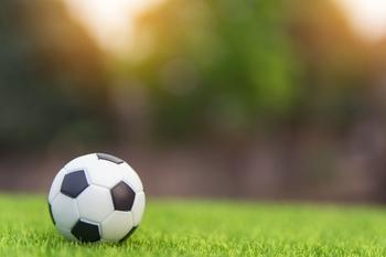 Se requieren chicas y chicos de entre 21 y 40 años y que jueguen a fútbol para anuncio de San Miguel en Bilbao