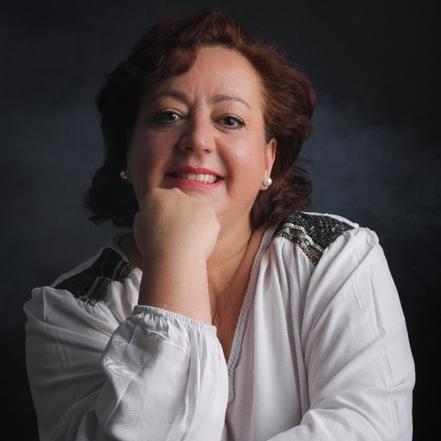 Marta Cases, una actriz y dobladora de voz que no abandona sus sueños