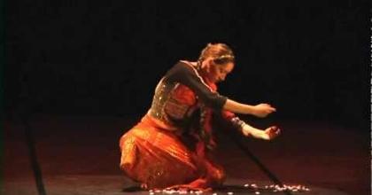 "Jhevva ( Eva Mas).""Shandra"".FusionIndian dance with Khatak.Teatre Municipal de Girona.Spain"