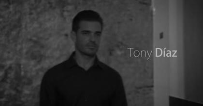 Videobook Tony Diaz